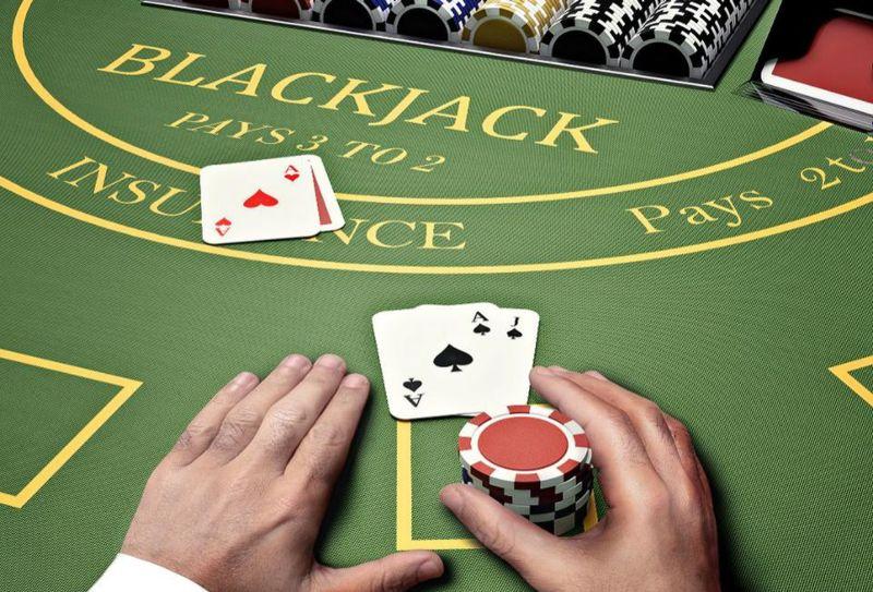 แบล็คแจ็คคืออะไร?  คู่มือแบล็คแจ็คที่ละเอียดที่สุดที่คุณต้องรู้