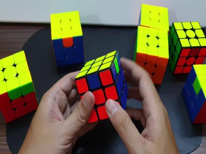 วิธีการเล่นรูบิค 3x3 นั้นค่อนข้างซับซ้อน