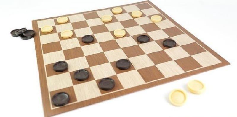 หมากฮอสคืออะไร?  คำแนะนำในการเล่นหมากฮอสง่ายๆสำหรับมือใหม่