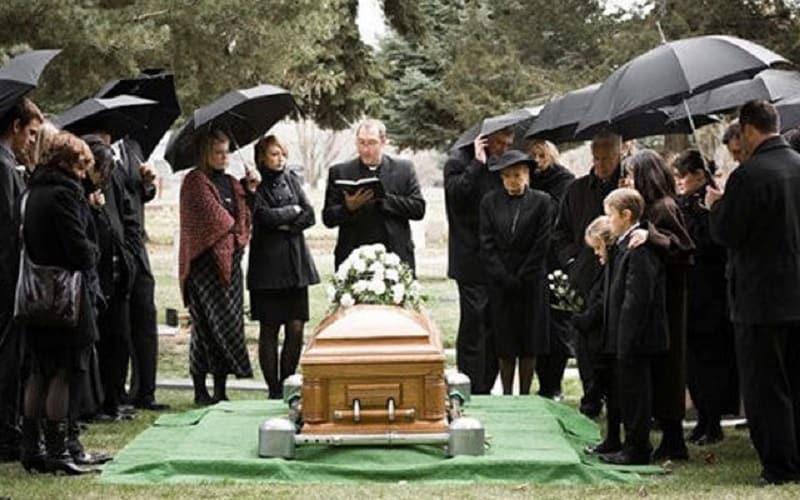 ความฝันเกี่ยวกับงานศพและโลงศพคืออะไร?  เลขอะไร?