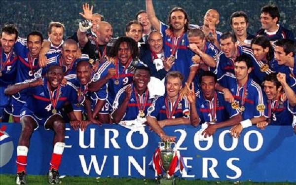 แชมป์ฟุตบอลยูโร 10 สมัยในประวัติศาสตร์ฟุตบอลโลก